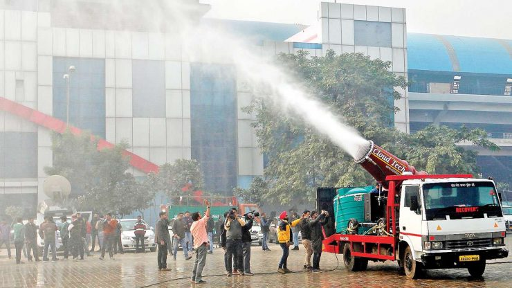 Anti Smog Guns in action